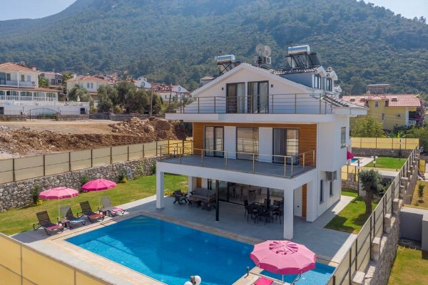 Villa Arslan, FPhoto 2