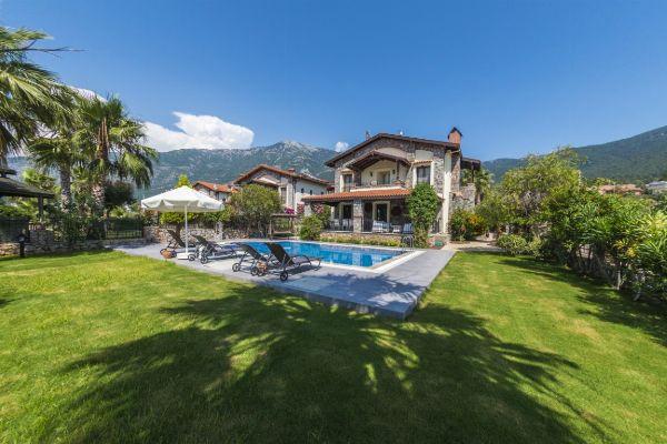 Villa Hazal, FPhoto 1