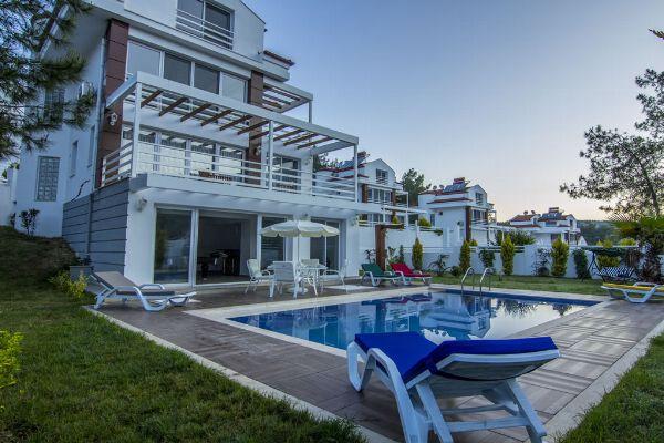 Villa Tala 1, FPhoto 1